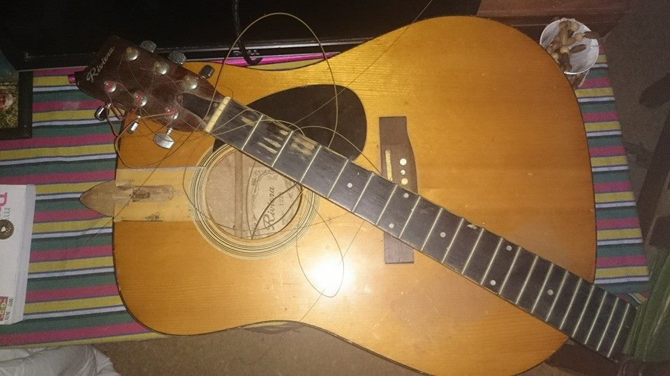 Riviera acoustic guitar_as is